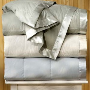 Light Down Blankets Are Perfect For Hot Weather And Hot Sleepers