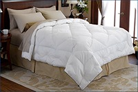Pacific Coast Lightweight Down Comforter Doesn't Get Too Hot
