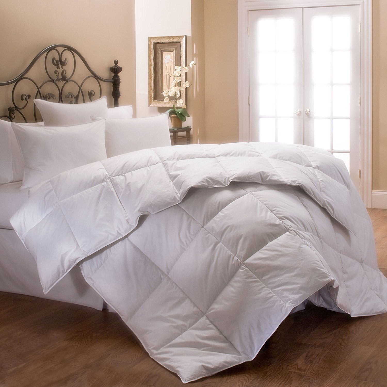 Hotel Bedding Collection Hypoallergenic PrimaLoft Luxury Down Alternative Comforter