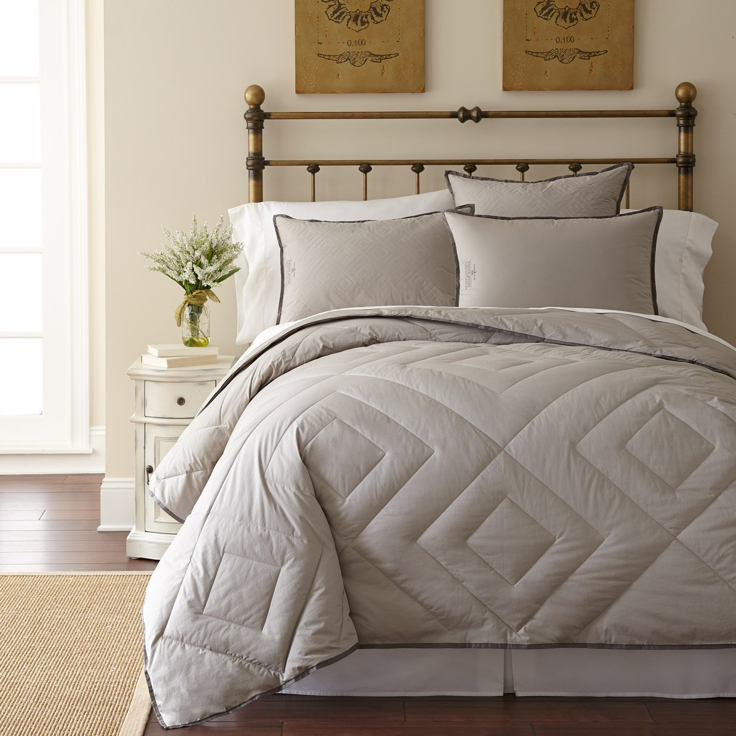 Luxury PrimaLoft Down Alternative Vintage Wash Grey Comforter – Diamond Pattern
