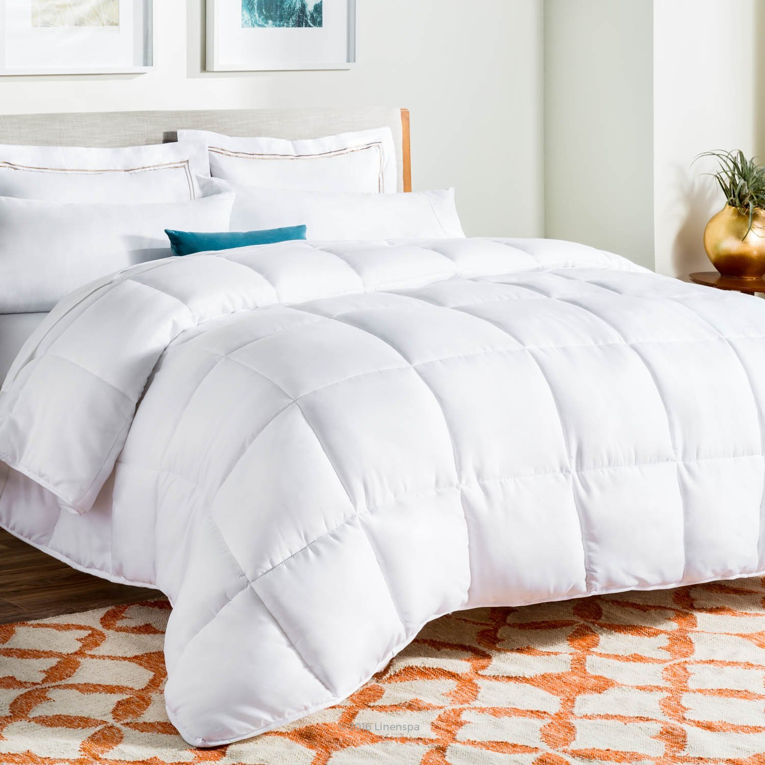 Linenspa White Goose Down Alternative Queen Comforter with Duvet Tabs